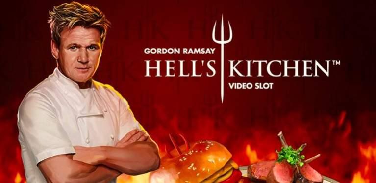 Gordon Ramsey foran Hell`s Kitchen logoen